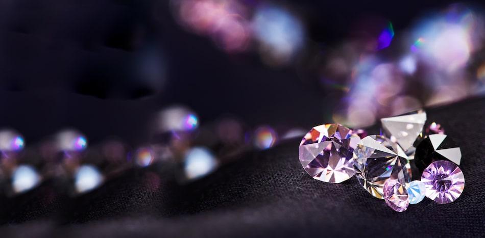 World of Gemstones – Know about Gemstones and its Effects | रत्नों की दुनिया – जाने रत्न और उनके प्रभाव